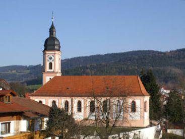 St. Martin, Neukirchen, Außenansicht